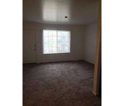 2 Beds - Meadowood Townhomes of Canton at 41140 Canton Ct in Canton MI is a Apartment