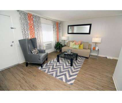 1 Bed - Green Leaf College Square at 801 J St in Davis CA is a Apartment