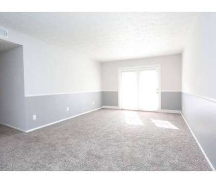 2 Beds - Fayette Crossing at 249 East Reynolds Rd in Lexington KY is a Apartment