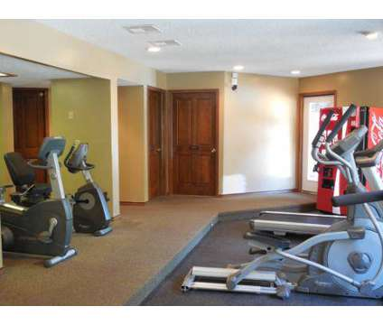 1 Bed - Retreat at Walnut Creek at 1300 Ne Parvin Road in Kansas City MO is a Apartment