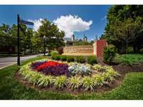 2 Beds - The Lakes Apartments