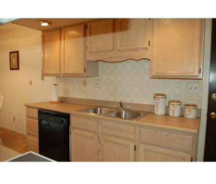 3 Beds - Colonial Crest Apartments at 405 S Morrison Rd in Muncie IN is a Apartment