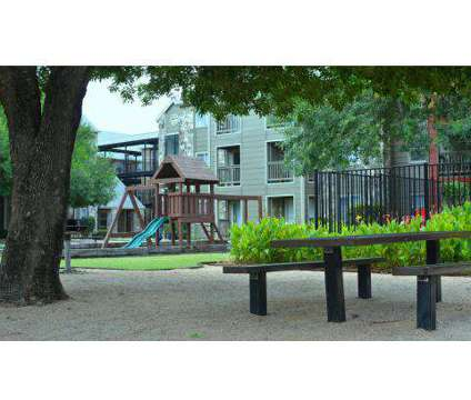 2 Beds - Villa de Oro at 130 Camino De Oro in San Antonio TX is a Apartment