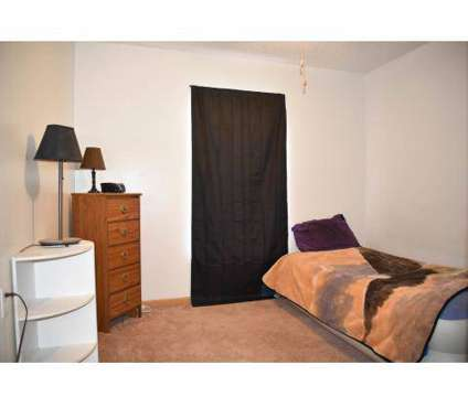 Studio - ONE Property Management at 3330 Southgate Court Sw in Cedar Rapids IA is a Apartment