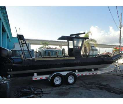 "2005 U.S.I.A. 30' 7"" Aluminum Boats Twin 2010 Mercury 300 Outboards is a 20 foot 2005 Mercury Boat in Miami Beach FL"