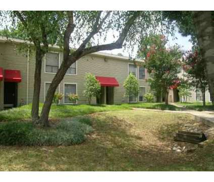 2 Beds - Lynnfield Place at 5900 Cedar Forrest Dr in Memphis TN is a Apartment