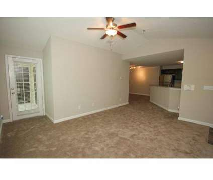 2 Beds - West Park Club at 150 Westpark Drive in Athens GA is a Apartment