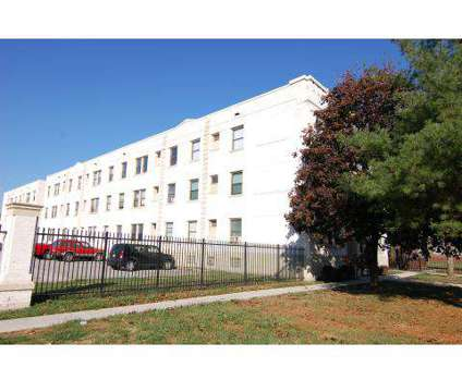 1 Bed - Magnolias, The at 3340 North Meridian in Indianapolis IN is a Apartment
