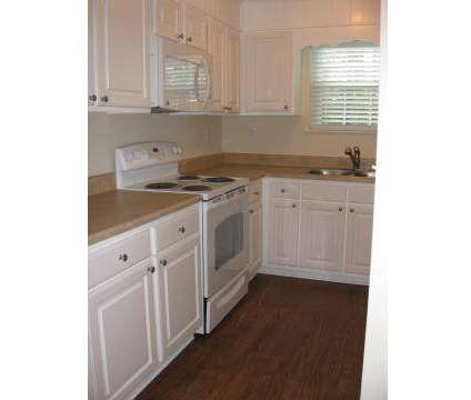 3 Beds - Mission Ridge at 802 Veterans Parkway in Hinesville GA is a Apartment