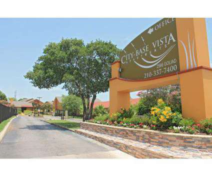 Studio - City Base Vista at 2566 Goliad Rd in San Antonio TX is a Apartment