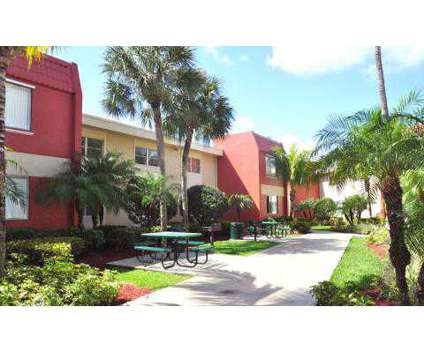 3 Beds - Cherry Grove Village at 9000 Sw 97th Ave in Kendall FL is a Apartment