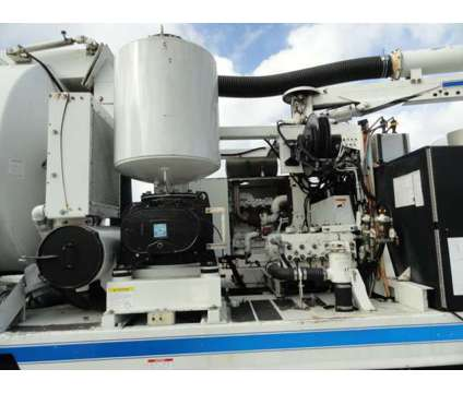 2006 International 7600 VacCon VACUUM/ JETTER COMBO is a 2006 International Other Commercial Truck in Miami FL