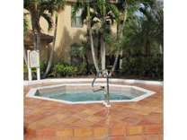 2 Beds - Oasis Naples Apartments