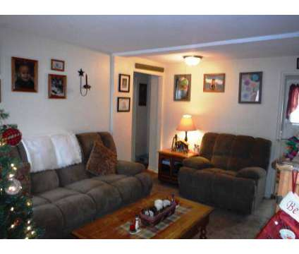 2 Beds - Van Buren Apartments at 2150 Eastern Parkway in Niskayuna NY is a Apartment