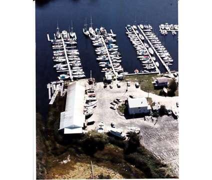 Slips/Dockage Warwick Rhode Island in Warwick RI is a More Property