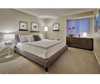 1 Bed - The Glen View at 2580 Golf Road #105 in Glenview IL is a Apartment