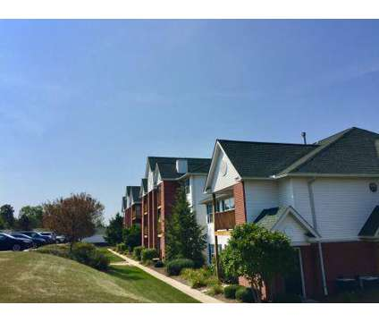 1 Bed - The Highlands of Heritage Woods at 454 Crestmont Ct in Copley OH is a Apartment