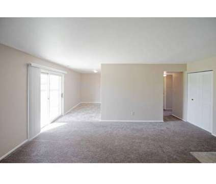 4 Beds - Eagle Chase Village at 407 N Gatewood Dr in Marion IN is a Apartment