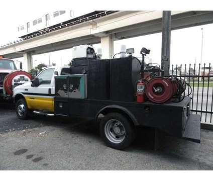 1999 Ford F550 Super Duty Fuel & Lube is a 1999 Ford F-550 Service & Utility Truck in Miami FL
