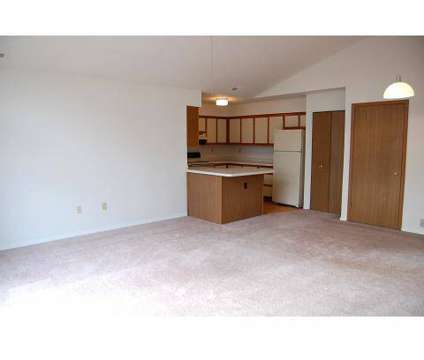 3 Beds - Tanglewood Apartments at 9200 S Meyer Ln in Oak Creek WI is a Apartment