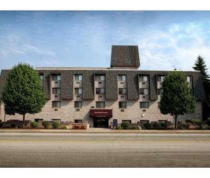 Studio - The Brittany at 1717 Penn Ave in Pittsburgh PA is a Apartment