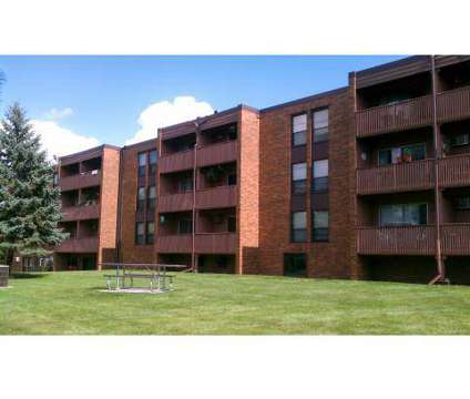Studio - Holiday Acres at 1762 Oakdale Avenue in West Saint Paul MN is a Apartment