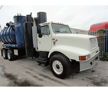 2000 International F-2674 Guzzler Ace vacuum truck is a 2000 International Other Commercial Truck in Miami FL