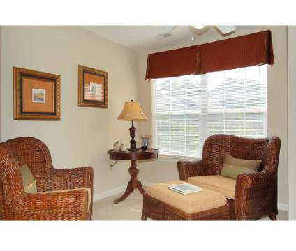 2 Beds - Hampton Knoll Luxury Apartment Homes at 1660 Hampton Knoll Dr in Akron OH is a Apartment