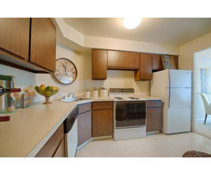 Studio - Hamilton House at 250 Chatham Way #105 in Mayfield Heights OH is a Apartment