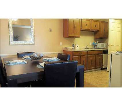 2 Beds - Deer Creek Apartments at 4415 Deer Creek Ct in Youngstown OH is a Apartment