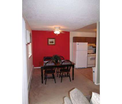 Studio - Colonial Point at 2555 Old Trevose Rd Apartment E11 in Trevose PA is a Apartment