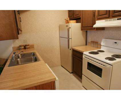 3 Beds - Timber Top Apartments | 1551 Treetop Trail Akron OH ...