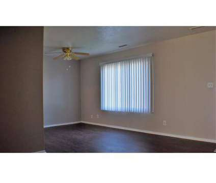 3 Beds - Lakeway Woods at 5840 Buckeye Ln in Mentor OH is a Apartment