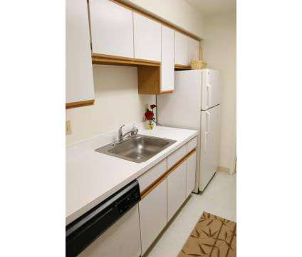 1 Bed - Winfield Commons at 25840 Kensington Dr in Westlake OH is a Apartment