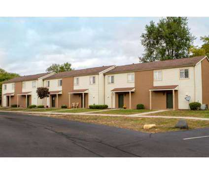 3 Beds - The Retreat at 2801 Toledo Rd in Elkhart IN is a Apartment