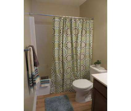 3 Beds - The Glen At Colonial Heights at 2609 Mangowood Rd in Colonial Heights VA is a Apartment