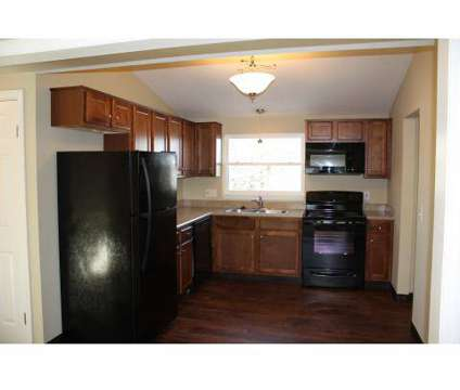 2 Beds - Elmwood Court Apartments at 145 West Lafayette Rd in Medina OH is a Apartment