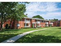 1 Bed - Lake Grove Apartments