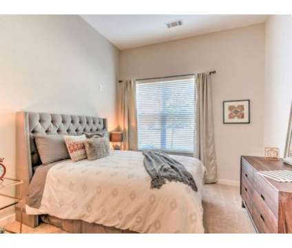 1 Bed - Highland Row at 387 South Highland St in Memphis TN is a Apartment
