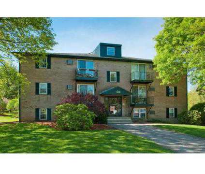 Studio - Sagamore Court at 559 Sagamore Ave in Portsmouth NH is a Apartment