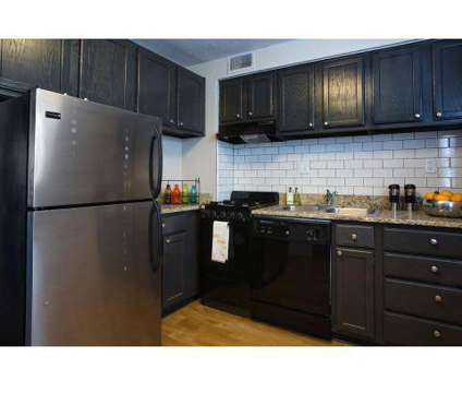 3 Beds - The District at 633 N Mcknight Rd in Saint Louis MO is a Apartment