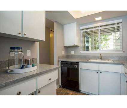 2 Beds - Hidden Oaks at 4545 Ne 125th Place in Portland OR is a Apartment