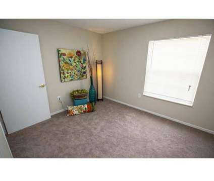 2 Beds - Willow Crest Apartments at 1220 Four Seasons Dr in Toledo OH is a Apartment