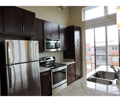 2 Beds - The Dude Abodes at 902 Drake St in Madison WI is a Apartment