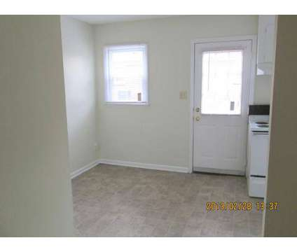1 Bed - Sage Pointe Apartments/Sage Pointe Townhomes at 4333 Cinderella Rd in Charlotte NC is a Apartment