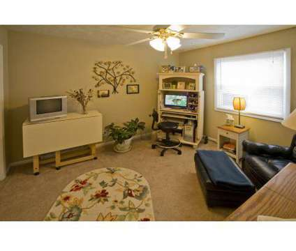 2 Beds - Parkwood Manor at 11020 Lamp St in Omaha NE is a Apartment