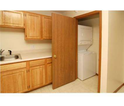 2 Beds - Deerfield at 901 Franklin Avenue in Council Bluffs IA is a Apartment