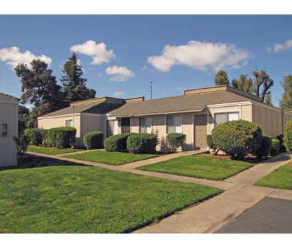 Studio - Ashbrier / Sandalwood at 5040 E Ashlan in Fresno CA is a Apartment