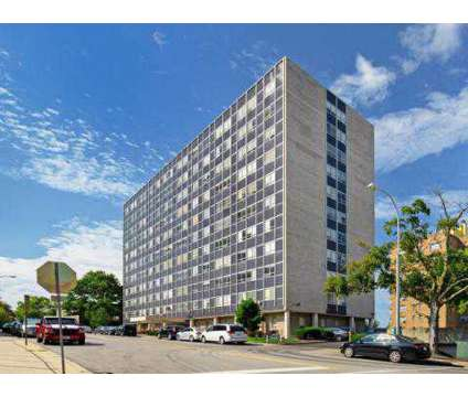 1 Bed - Nine Ten Penn at 910 Pennsylvania Ave in Kansas City MO is a Apartment