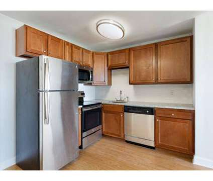2 Beds - Nine Ten Penn at 910 Pennsylvania Ave in Kansas City MO is a Apartment